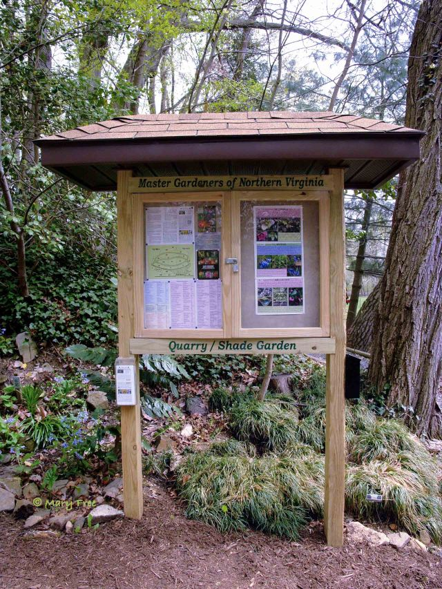 Information of seasonal interest and brochures educate visitors about gardening in the shade.